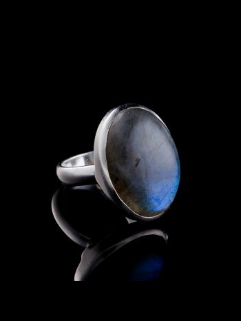 Blue fire labradorite silver ring