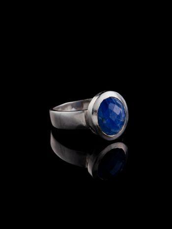 Sapphire silverring