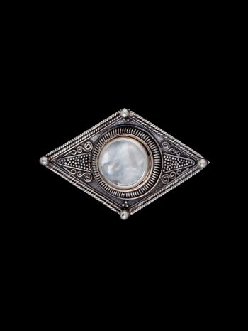Rose mabe silver brooche