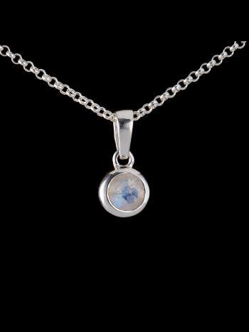 Small moonstone silver pendant