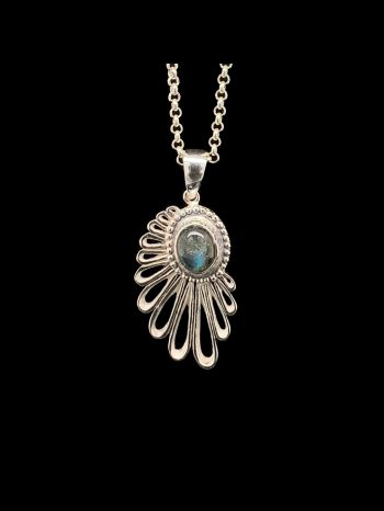 """Silver Pendant """"Wing of a Angel"""" with Labradorite"""