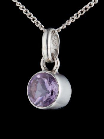 Small Amethyst silver pendant