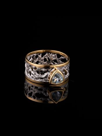 Sky topaz silver and 14K gold plated ring