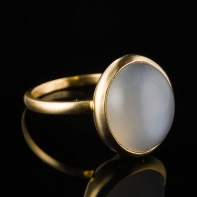 Indian Moonstone 14K Gold Ring
