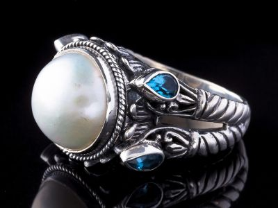 Mother Of Pearl And Blue Topaz Silver Ring